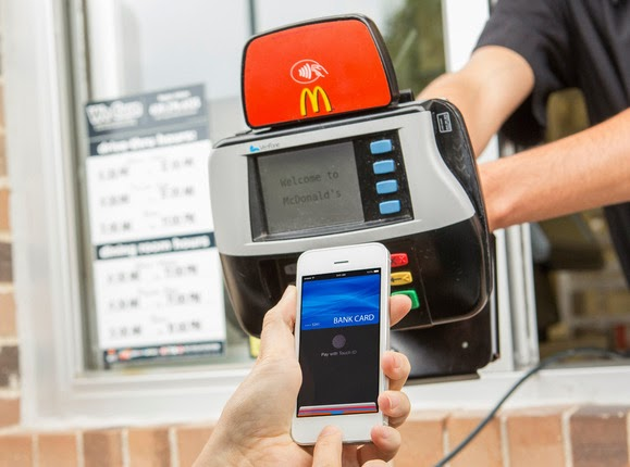 Apple Pay's Could Emulate Bluetooth File Share and Enable Phone-to-Phone Payments
