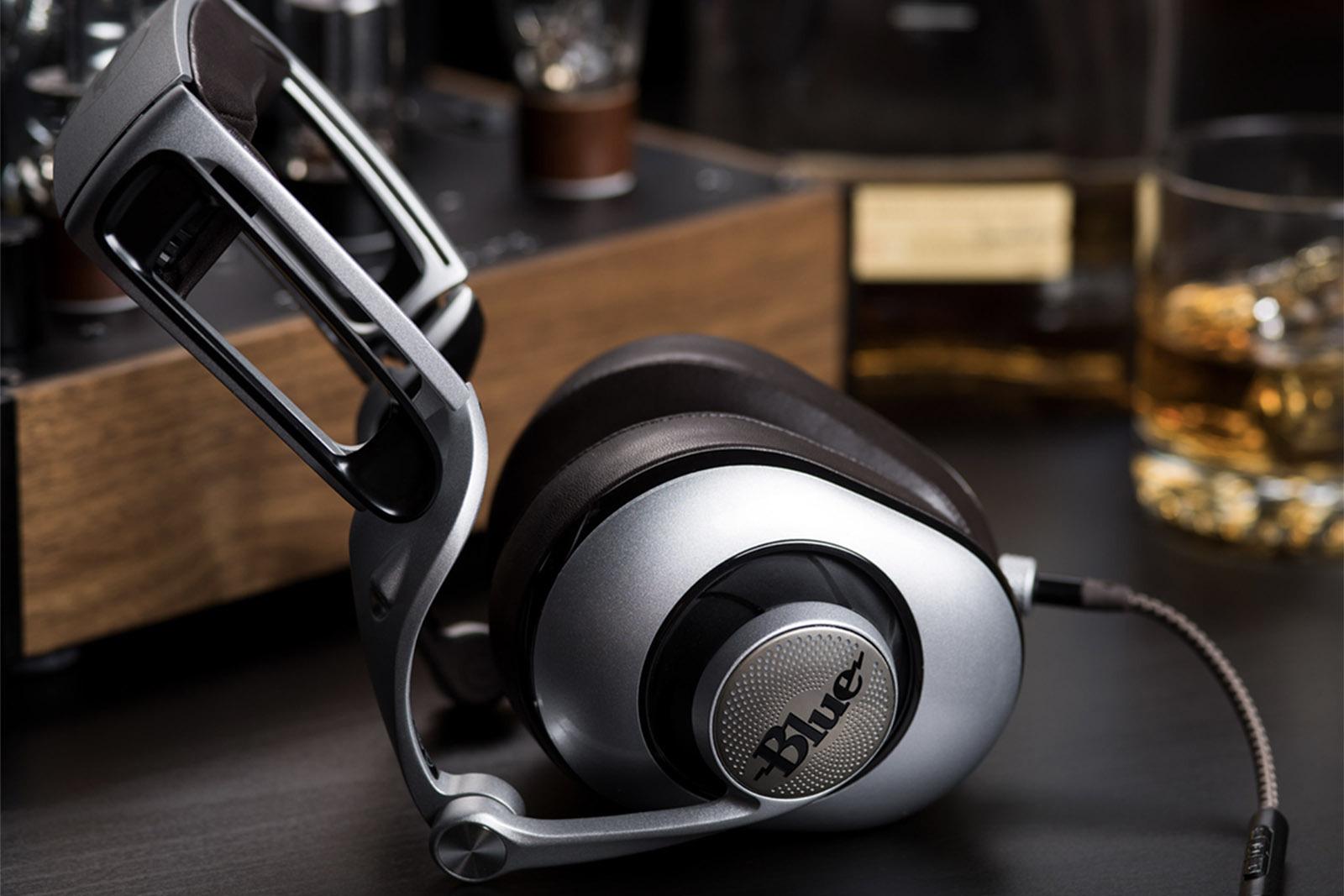 ella-headphones